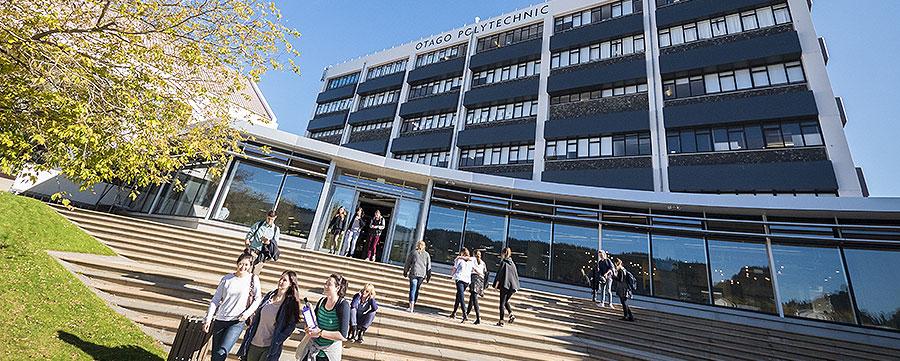 Polytechnic building
