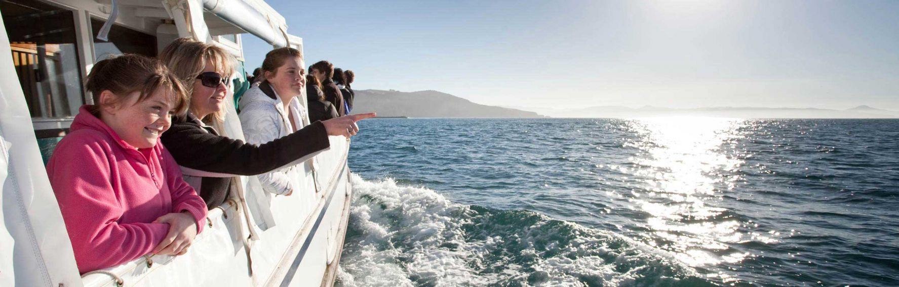 A tour of Otago Heads on the Monarch